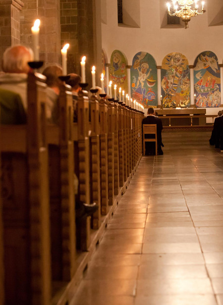 Billede af kirkebænke i Ribe Domkirke